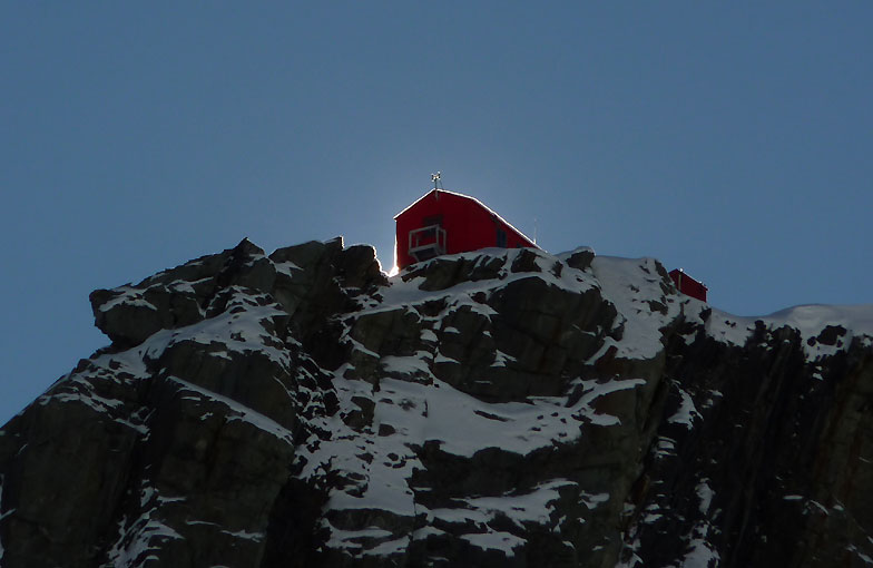 private mountaineering instruction course in New Zealand