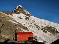 Colin Todd hut, base for climbing Mt Aspiring