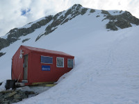 alpine hut in NZ