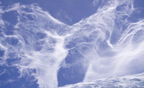 wind clouds