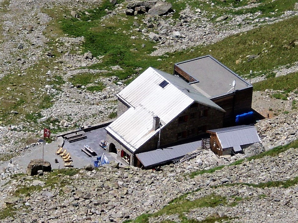 Nice hut for alpine trekking in Switzerland